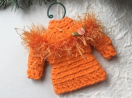 Sweater ornament in orange with ribbon rosette